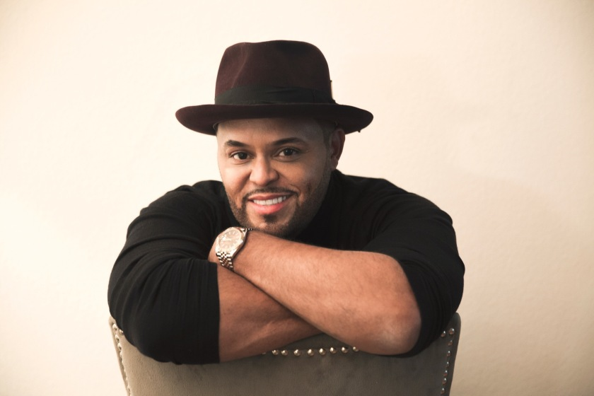 Israel Houghton ministers through song