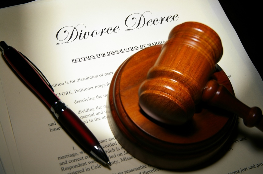 How to deal with divorce